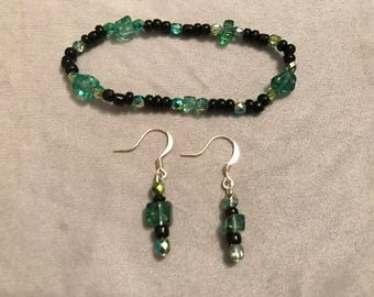 Emerald city bracelet and earrings
