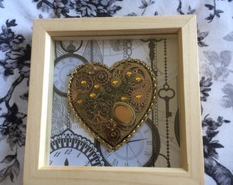 STEAMPUNK HEART button picture