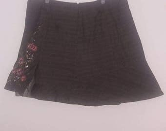 Plaid skirt with sequin flower design    2XL