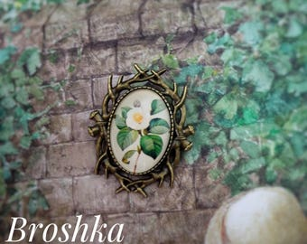 "Brooch: ""Apple blossom""//pin// present// flowers//broshka//colouful//for girls//vintage"