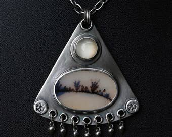 Winter Moon – moonstone, dendritic agate and sterling silver necklace