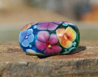 Springtime Garden - K O Lampwork - 1 Focal Bead