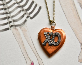 XO necklace ,love locket,heart locket necklace ,sweetheart necklace,long necklace. Tiedupmemories