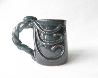 Octopus Mug 16 oz, Large Mug with Octopus, Pottery Mug for Octopus Lover, Large Unique Mug