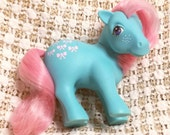Vintage My Little Pony Bowtie MLP Rare G1 1983 Bow Tie Blue Pony Pink Hair Bows Symbol Freckles