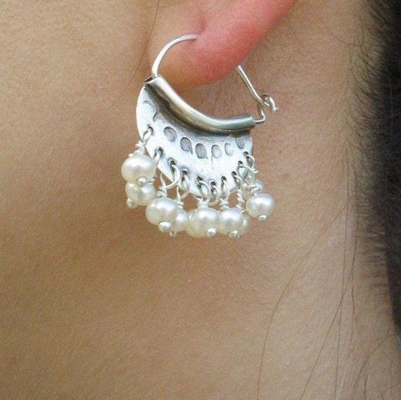 Silver Pearl Earrings, Silver Pearl Hoops, Wedding Earrings Pearl, Bridal Jewelry, Bridal Earrings, June Birthstone, Freshwater pearls