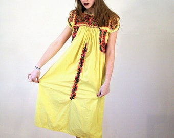 Charo, 60s Yellow Mexican Dress, Embroidered Huipil Midi Dress, Yellow Cotton Embroidered Dress, 60s Hippie Dress Embroidered Boho Dress S M