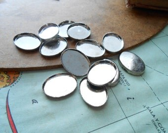 6 pc vintage silver oval SMALL settings bezel 18 x 13 mm - old new stock vintage jewelry supplies