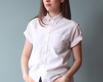 white oxford shirt | short sleeve cotton top | 1980s small - medium