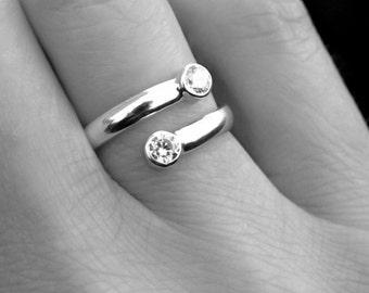 White Topaz Sterling Silver Ring, April Birthstone Ring, Adjustable Silver Ring, Dual Stone Silver Ring, Diamond Alternative Ring, Gift idea