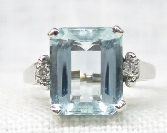 Vintage Aquamarine Ring in 14k White Gold; Aquamarine And Diamond Ring 4.81 Carat; Alternative Engagement Ring; Vintage Engagement Ring