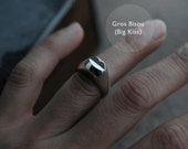 Gros or Petit Bisou silver ring