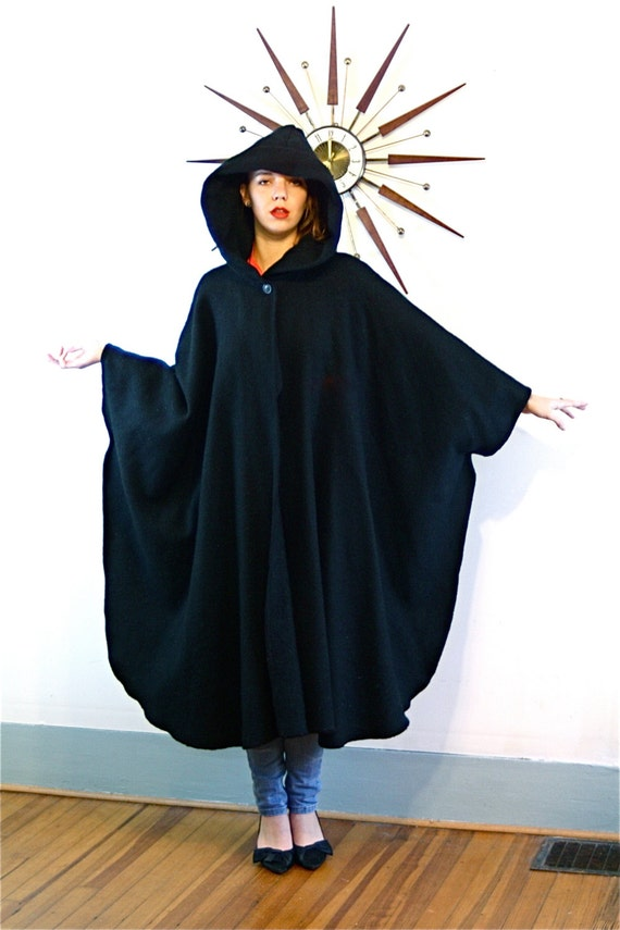 Vintage Black Wool Hooded Cape Maine Maid Designs Long Thick Warm Winter Poncho Unisex Witch Wizard Cape Ladies Women's Woolen Hood Coat