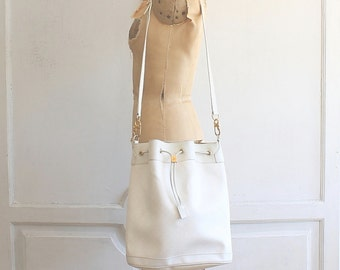 vintage GUCCI bucket bag | rare white Gucci 80s