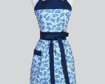 Classic Womens Apron , Shades of Blue Floral Retro Vintage Style Chef Kitchen Apron with Pocket