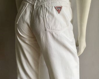 Vintage Women's 80's White Guess Jeans, High Waisted, Denim (M/L)