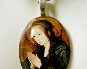 Virgin Mary pendant with chain - cameo style - GP04-510 - 50% OFF