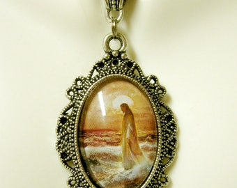 Christ walking on water pendant with chain - AP04-407