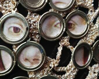 Uniek collier met geheim portret in 7 medaillons