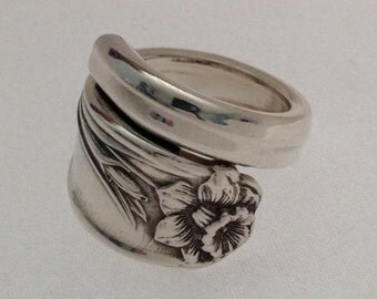 """Spoon Ring  """"Daffodil"""" Wrap Around Choose Your Size"""