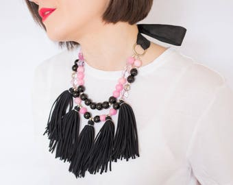 SALE / Pink and black Gemstone and tassel boho chic necklace, strand oversized necklace, statement bib, black ribbon, bow, agate, crystals