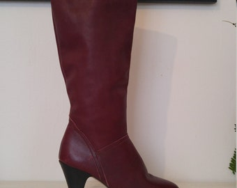 1970s burgundy high heel knee high boots sz 8