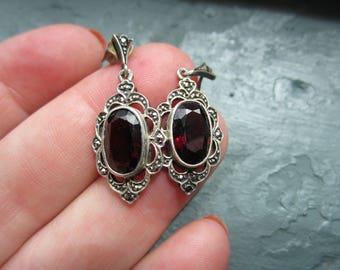 Vintage Sterling Silver Marcasite Garnet dangle earrings