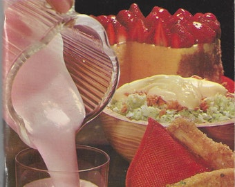 Vintage Waring Cook Book for the 8 Push Button Blender, C1967