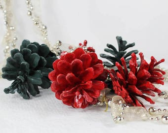 Holiday Pine Cones, Christmas Pinecones, Traditional Home Decor, Wreath Supplies, Holiday Craft Supply, Party Decor, Christmas Decoration