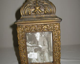 Trinket Box 4 Footed Side Photo Frame Antique Gold Color Diamond Handle 1950-60