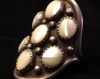 M Willeto Navajo Mother of Pearl Shadowbox Ring with 7 Shells in Sawtooth Bezels Size 10.5