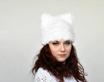 White pussycat hat, cat ear hat, cat hat, hat with ears, pussycat beanie, fur pussy cat hat, animal hat, pussyhat, kitty hat, fancy cat hat