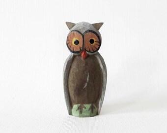 Vintage Tiny Handpainted Wooden Folk Figurine Erzgebirge Owl