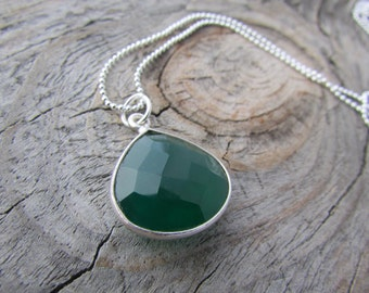 Green Onyx Necklace, forest green, faceted, silver-edged teardrop pendant