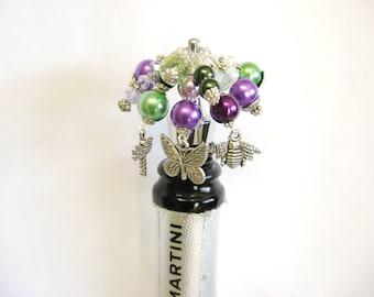 Wine Bottle Stopper, Bottle Stopper, Gardening Bottle Stopper, Pollinators, Housewarming Gift, Home Decor, One of a kind bottle stopper
