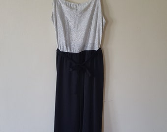 SIlver and Black Night Out Dress / Vintage Disco Dress / Sparkle top dress / Little black dress / Metallic Top