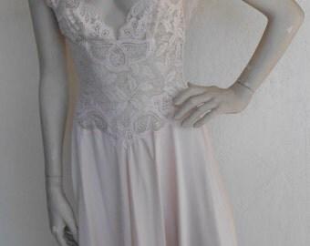 Vintage Olga Nightgown Ballerina Stretch Bodice 91460