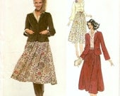 Fashionable Uncut Vintage 1970s Vogue French Boutique 1809 Designer Christian Aujard Blazer Jacker, Blouse and Skirt Sewing Pattern B36 W28