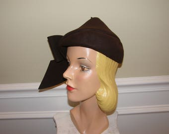 Vintage Pixie Hat 1930-40 Gorgeous Sculptured Dark Brown Felt with Rolled Brim and Wings that Swoop from Back