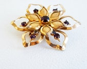 Vintage Jewelry Midcentury Jewelry Gold Pin Amethyst Jewelry Gold Amethyst Pin Brooch Gold Fower Pin 1950 Jewelry Pin Brooch Purple Gold