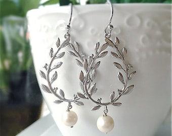 Leaf Earrings, Pearl, Laurel Wreath, Bride, Sterling Silver, Leaves, Modern Jewelry, Freshwater Pearl, Bridesmaids Earrings Gift
