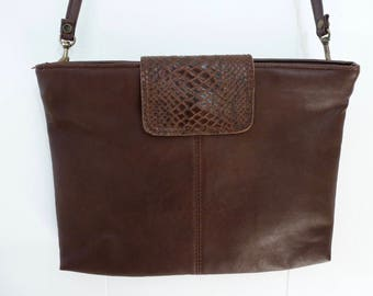80's Capezio Envelope Purse Convertible Brown Vegan Leather Shoulder Bag Snake Print Removable Strap Oversize Clutch