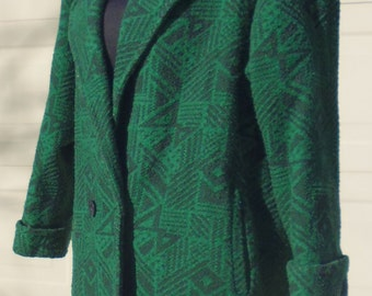 Women's green coat, made in Canada, winter coat, bust 44, size 14 coat, Xception coat, button front coat, 1980s coat