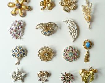 Vintage Lot of 15 Broochs Pins - Castlecliff, Lisner, Sarah Coventry, Coro, Austria, Joan Rivers Costume Jewelry Pins TreasuresOfGrace