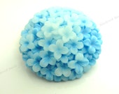 38mm Sky Blue Hydrangea Flower Resin Cabochons - 2pcs - Round Flat Back Cabs, Floral - BC36