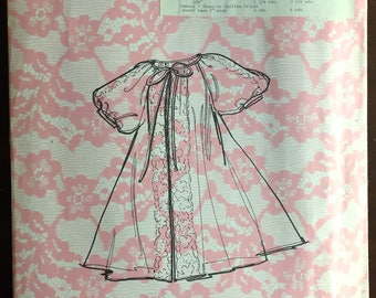 1960's Peignoir, Nightgown pattern - Size: Medium - No. 6917