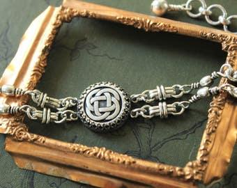 Celtic Knot Bracelet Silver Irish Jewelry, St Patricks Day, Irish Heritage Celtic Jewelry, Button Bracelet veryDonna