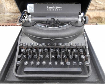 Remington Noiseless Typewriter And Case Model Seven 7 Working Condition Literary Wedding Photo Prop Writer's Gift Antique Typewriter