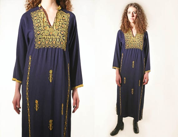 Vtg 70s Ceremonial Embroidered Afghani Midnight Blue Caftan M/L