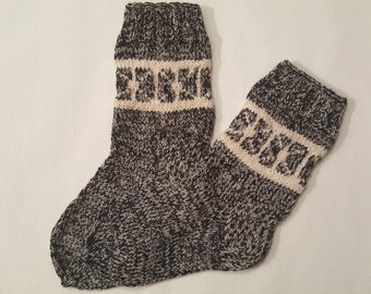 Hand Knit Wool Socks -Patterned Mens Socks-Size Medium US10-,EU43